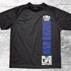 camiseta de hombre que representa la esencia de blue life brothers con su lçinea azul